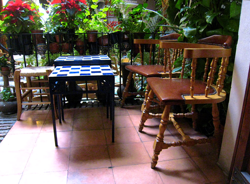 Table for two at the teahouse in Cordoba